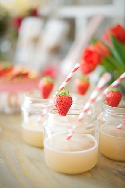 {DiY} Limonade rhubarbe, jasmin et basilic