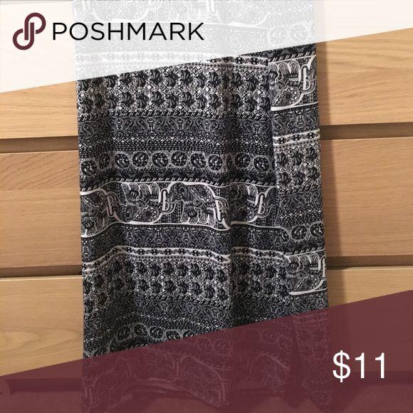 Tribal maxi skirt Black and white printed maxi skirt. Rue21 Skirts Maxi