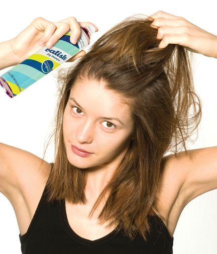 Applying Batiste dry shampoo Review: Batiste Dry Shampoo