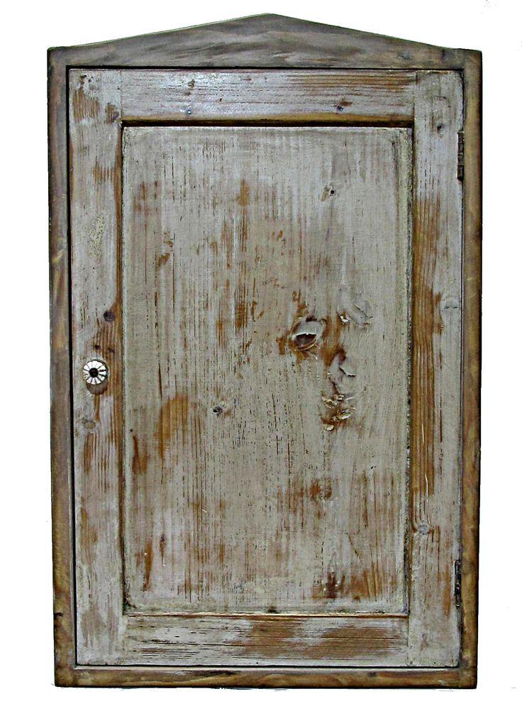 Vintage skříňka ruční výroby