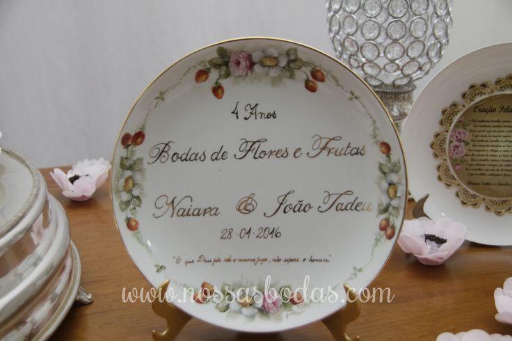 Detalhe da decoração das bodas de flores e frutas da leitora Naiara | Nossas Bodas | Aniversários de casamento