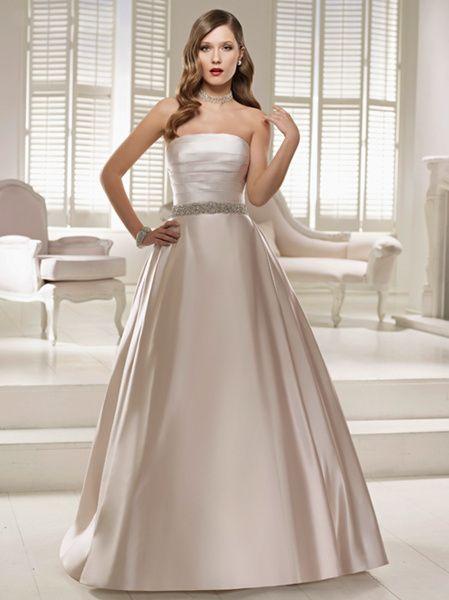 Miss Saburina Wedding&Co(ミスサブリナウエディング表参道) シンプルなAラインが美しい珠玉のマリエ「フィラデルフィア」(Miss Saburina Wedding&Coミスサブリナウエディング)