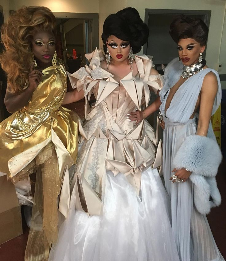 Bob the Drag Queen, Kim Chi, and Naomi Smalls, RPDR8 winner and top 3, and we wouldn't trade these hoes for anything in the world. Gown by @theladyhyde Hair by @wigsandgrace by kimchi_chic