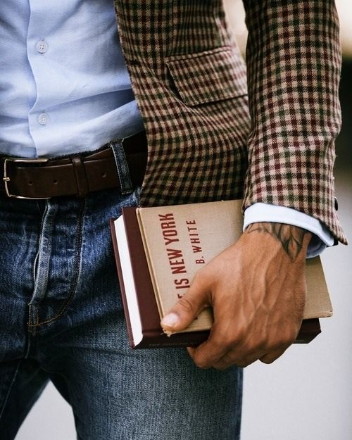 """Bel accord d'un jeans avec une chemise et une veste à carreaux #look #mode… <button class=""""Button Module borderless hasText vaseButton"""" type=""""button""""> <span class=""""buttonText""""> Plus </span> </button>"""