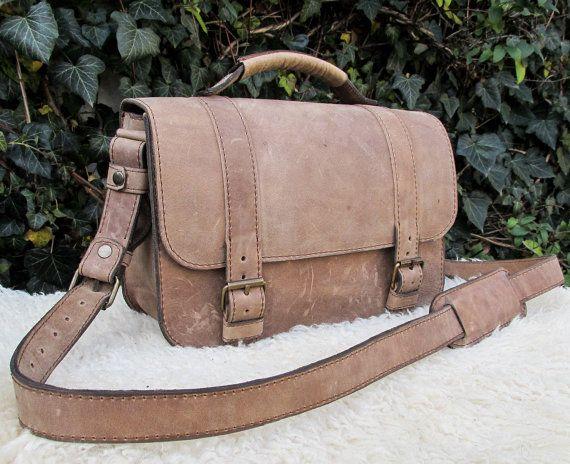 Handmade Messenger Bag / Light Brown Shoulder Bag / Leather Saddle Bag / Brown Satchel Bag #handmade #transylvanianmonk #saddlebag #shoulderbag #handbags