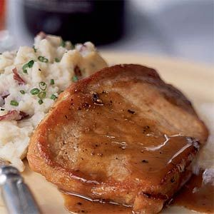 Add a spicy-sweet kick to your traditional pork chop recipe by simmering pork chops in a honey, Dijon mustard, ground ginger, cinnamon, and clove glaze. Serve with mashed potatoes to soak-up the extra sauce.Spices Glaz Pork, Pork Roasted, Porkchops, Food, Pork Chops Recipe, Cooking Lights, Pork Chop Recipes, Dinner Tonight, Honey