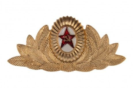 CEREMONIAL COCKADE OF A SOVIET ARMY OFFICER. The cockade and the emblem to the ceremonial full-dress service cap of the officers and reenlistment sergeants of the Soviet Army, the Internal Troops, senior and mid- command staff of the Ministry of Internal Affairs of the USSR. #pinbadges #russian #souvenirs #capbadge #cap #army #paratrooper #airborne #military #stars #ussr #soviet #hammer #sickle #gifts #cap