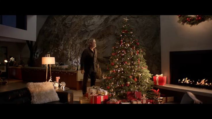 UGG for Men - Tree feat. Jeff Bridges - Do Nothing TV Commercial ad advert 2016  UGG TV Commercial • UGG advertsiment • for Men - Tree feat. Jeff Bridges - Do Nothing • UGG for Men - Tree feat. Jeff Bridges - Do Nothing TV commercial • Jeff Bridges receives the world's most comfortable slippers...from his tree.  #UGG #love #Models #me #fashion #myfirstTweet #you #shoes #boots #I #AbanCommercials