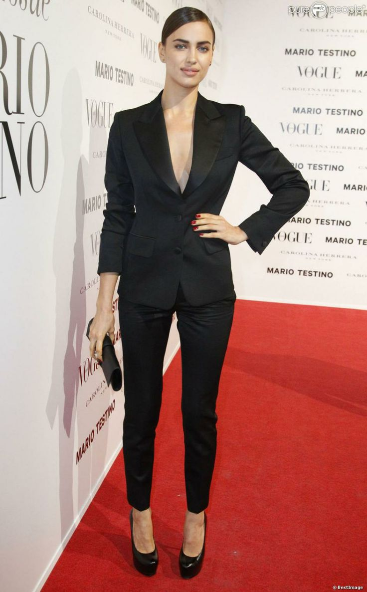 17 best images about famous women wearing suits on for Cera stone carrelage saint laurent du var