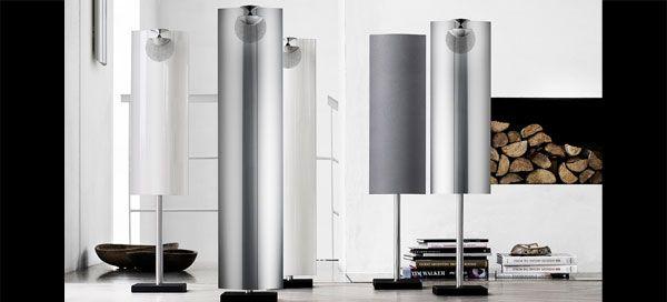 As novas BeoLab 12-1 transformam um poderoso mas discreto par de colunas traseiras numa configuração de som surround. Contudo, a sua fantástica musicalidade transforma-as numa opção intrigante sempre que um bom som não tem de ocupar a parede toda. Agora, a Bang & Olufsen está a expandir a gama de opções de colocação com novos suportes de chão para toda a linha BeoLab 12.