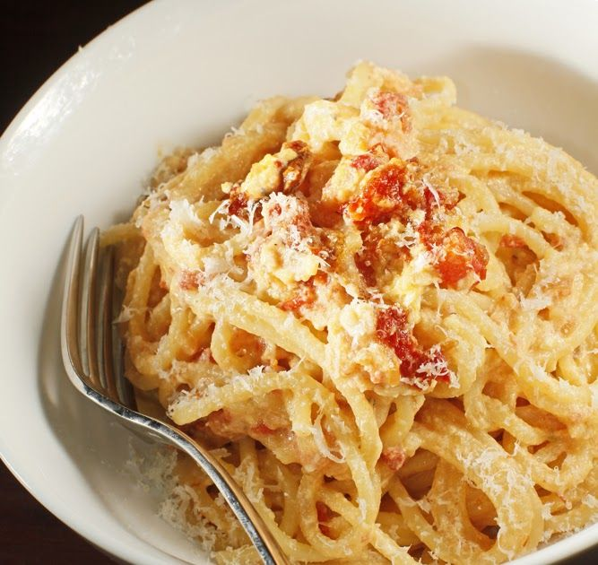 The Chubby Vegetarian: Vegetarian Carbonara with Smoked Sun-Dried Tomatoes