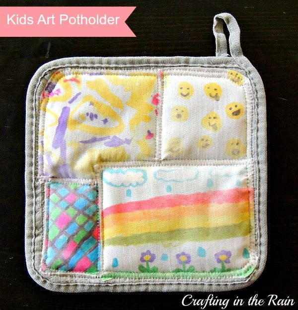 How to put kids' artwork on a potholder for a great keepsake gift! This would be perfect for Mother's Day!