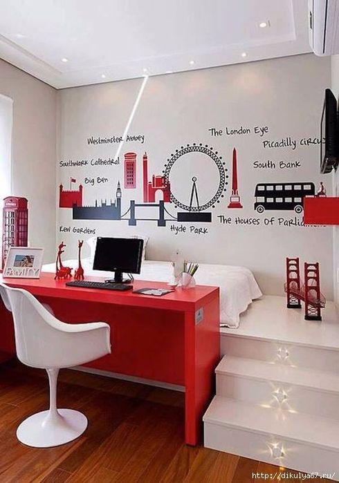 Platform bed and desk. Red desk is perfect punch of color! Рабочее место в интерьере
