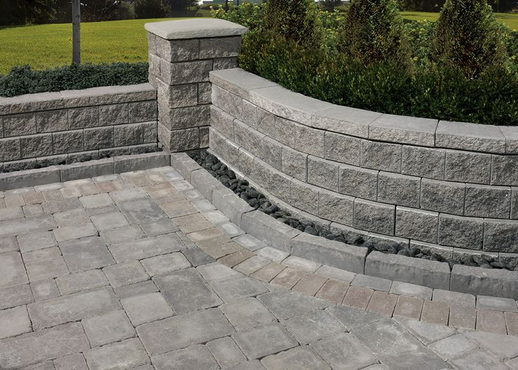 The traditional look of stone combined with outstanding functionality for both tight and relaxed curves.