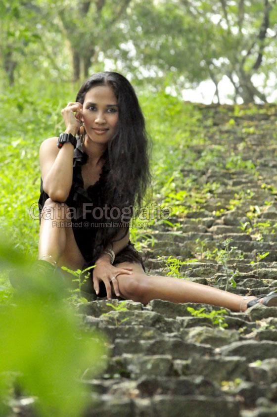 Nurmalia Windy (Model Purwokerto Banyumas) Assim, o modelo Catia Fotografia - , model indonesia , model bugil , model telanjang , model bugi...