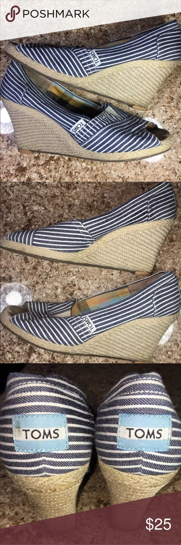 Toms Striped Wedge Heel Blue and White 7.5 Preowned Toms Striped Wedge Heel Size 7.5. In good condition had some minor scuff as seen on pictures. Please check photo before buying. Feel free to ask any questions. Thank you for viewing TOMS Shoes Wedges