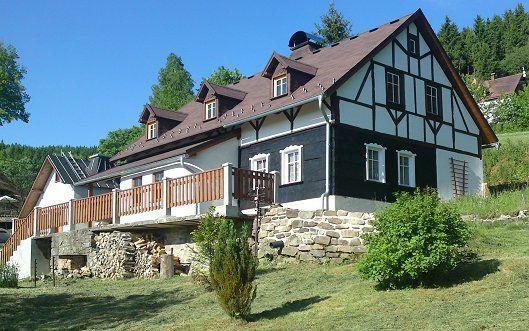 Chalupa Kraslice - atraktivní horská chalupa u lesa v Krušných horách - V714