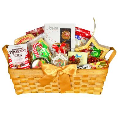 Captivating and elegant, this gift basket is filled with an indulgent selection of gourmet goodies. A wonderful way to spread holiday cheer!