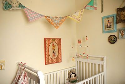 baby room:  Cots, Vintage Hanky, Skunkboy Blog, Buntings Ideas, Inspiration Nurseries, Scarfs Buntings, Vintage Scarfs, Baby Rooms, Vintage Handkerchiefs
