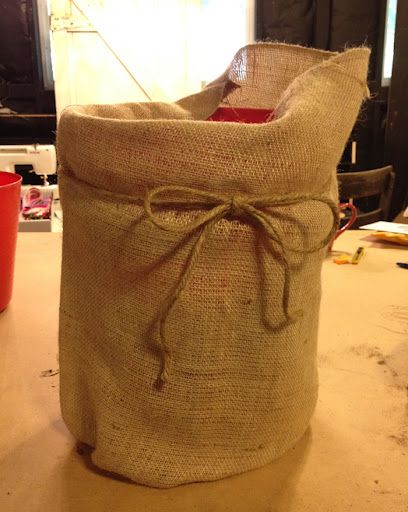 Turn a 5 Gallon Bucket to a Burlap Planter for Pennies | Hawk Hill