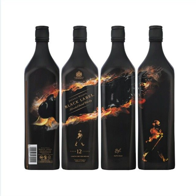 Introducing the Johnnie Walker Black Label Limited Edition bottle, featuring the classic design of Italian artist Mattia Biagi, to create a powerful visual expression of the deep and intense character of this blend. Have you experienced the signature peat smoke of Johnnie Walker Black Label?