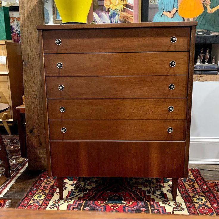 Bassett 4 drawer mid-century modern dresser