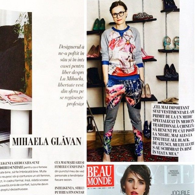 WoW! Paint Spring Runners and Paper Magnolia Sweatshirt in Beau Monde! Thank you Mihaela Glavan you are color gorgeous! @mihaelaglavan @beaumonderomania #oiloncanvas #silkonskin #ArgoArtDesign www.andreeabuga.ro