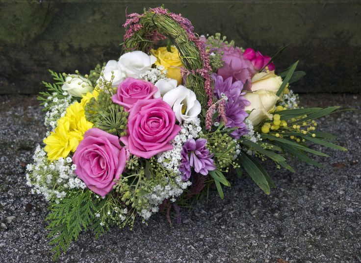 M s de 25 ideas incre bles sobre cestas de flores en for Jardineria santander