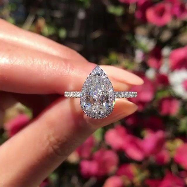 Ideas divertidas de anillos de compromiso ampliados visitan este sitio aquí   – Future Wedding ✨
