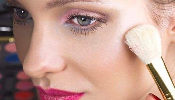 Christmas Makeup Looks,Holiday Beauty Tips, Holiday Beauty,Holiday Makeup Looks,Holiday Makeup Ideas,Holiday Makeup Palettes,Holiday Makeup ...