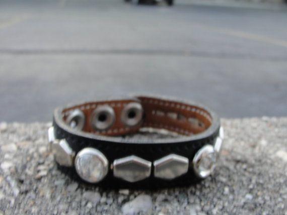 Doublé et cousu Black Leather bracelet avec véritable