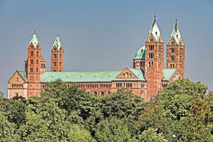 Der Dom zu Speyer ist heute die größte romanische Kirche der Welt. UNESCO-Welterbe seit 1981