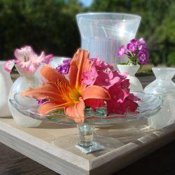 83 best images about centre de table mariage on pinterest for Place du verre a eau sur une table