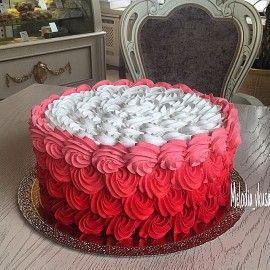 Праздничный торт Гость