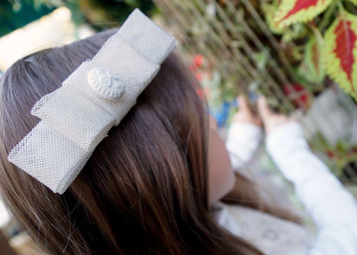 biała kokarda / white bow http://yokodesign-fascynatory.pl/kategoria-produktu/dla-dzieci/