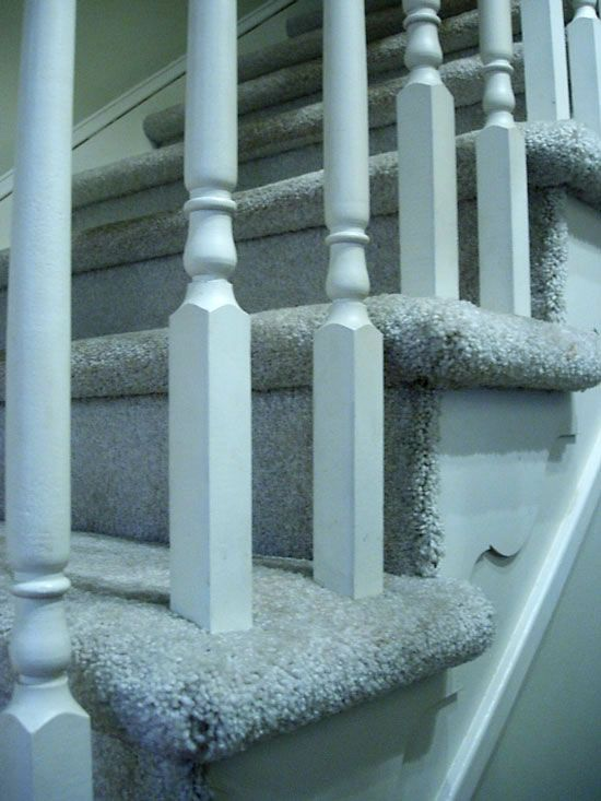 How to make over a staircase with carpet to a stain and painted hardwood
