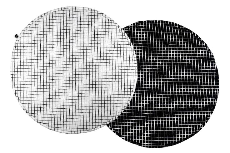 Monochrome baby play mat. EXTRA soft double sided play mat Monochrome Grids. Scandinavian design and black and white colors is what we love mostly.
