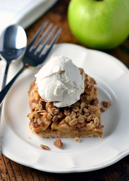 Apple Crumble Shortbread Bars (Vegan & Gluten-free)