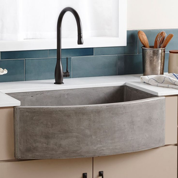 Never Let Anyone Tell You That Farmhouse Sinks Can T Be Contemporary This