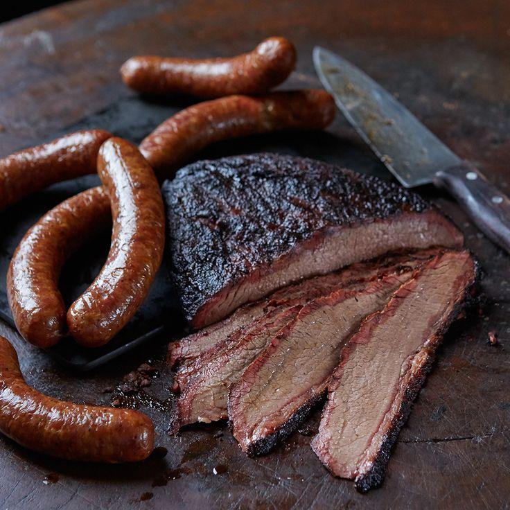 Brisket & Sausage                                                                                                                                                                                 Más