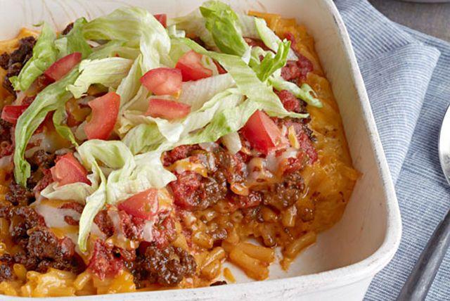 Que mangerez-vous ce soir : du macaroni au fromage ou du pâté taco au four? Pourquoi pas les deux? À base de Macaroni et fromage KRAFT DINNER, ce plat est facile comme tout à préparer.