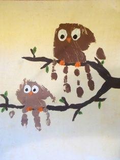 Owl handprint art: The perfect craft for #Halloween | best stuff