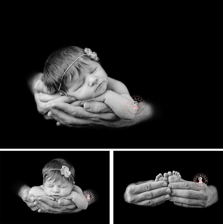 Fotografia noworodkowa Gdańsk, Trójmiasto, Dziewczynka na rękach rodzica,czarno-białe zdjęcie małego dziecka,