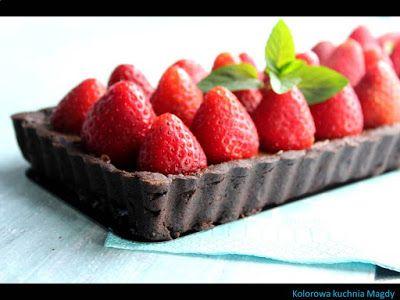 Kolorowa Kuchnia Magdy: Czekoladowa tarta z truskawkami