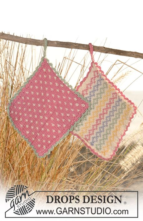"DROPS pot holders with multi coloured pattern and crochet border in ""Safran"". ~ DROPS Design"