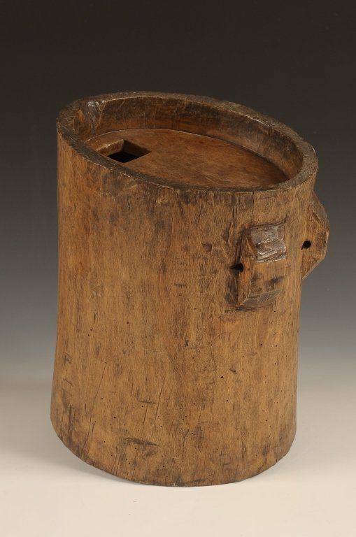 19TH C. SAP BUCKET CRAFTED FROM TREE TRUNK :