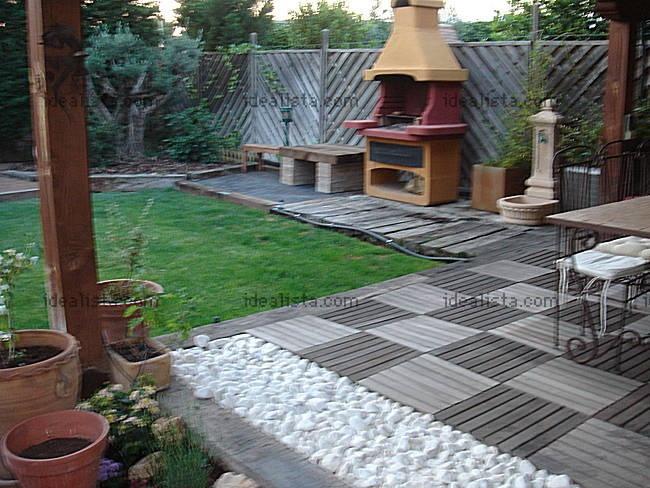 Madera piedras y cesped hermosos jardines pinterest for Jardines de madera