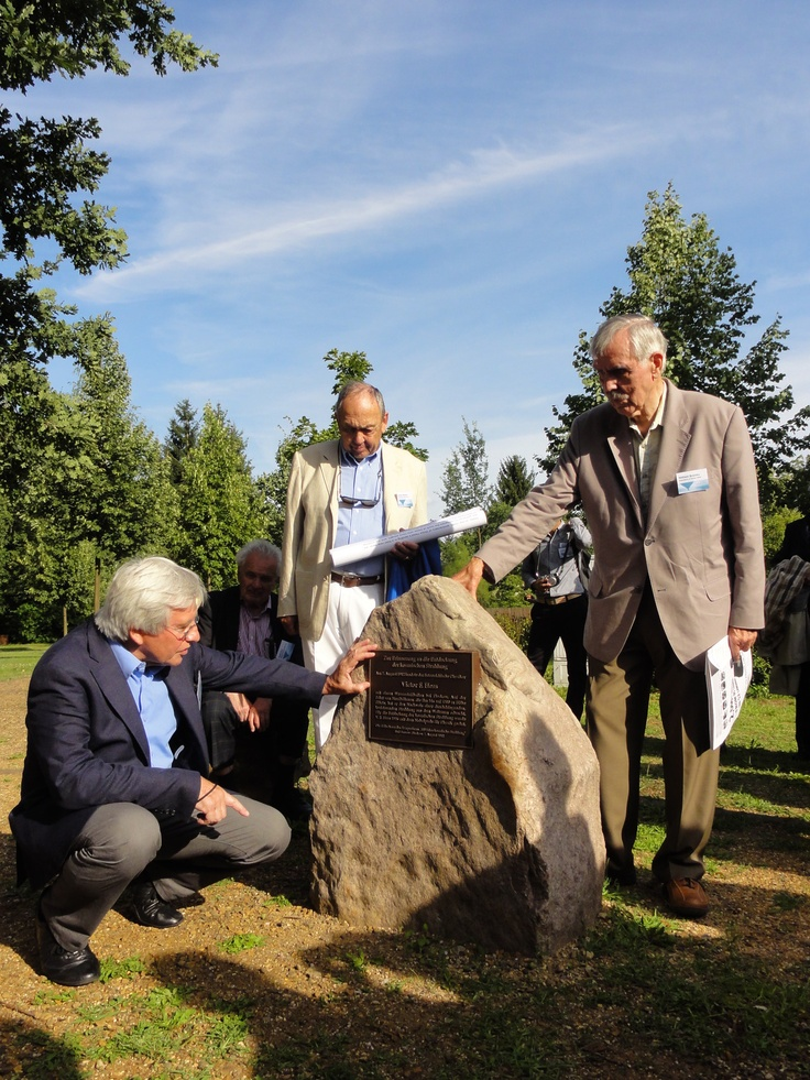 #VHessconf 100 Years Cosmic Rays Anniversary of Their Discovery by Victor Hess - In Memory of V. Hess discovery, an erratic block has been unveiled in the park of Bad-Saarow/Pieskow to mark the place of the landing of Victor Hess in 1912.    (credit: HAP / A.Chantelauze)