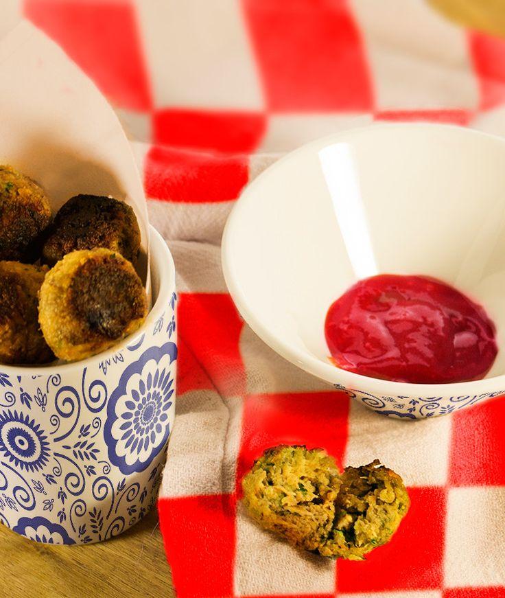 http://english.veganosbrasil.com/2015/01/21/zucchini-potato-snacks/