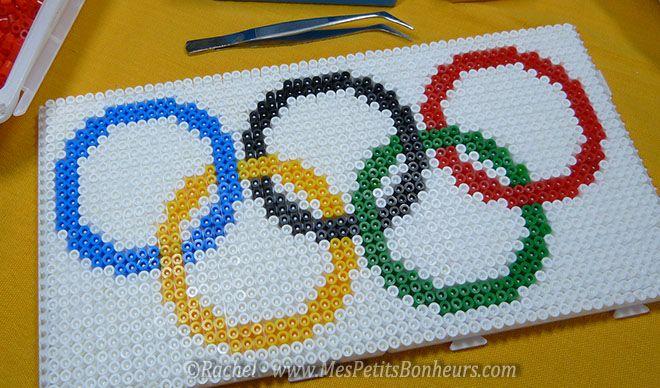 modele bricolage drapeau jeux olympique perles a repasser
